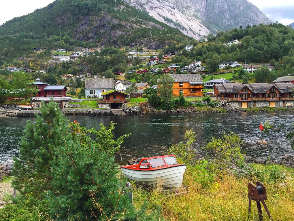 over eidfjord